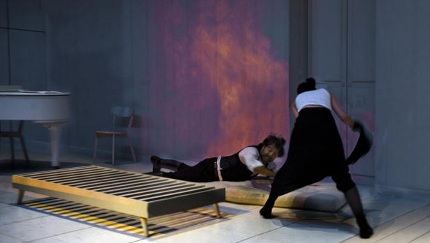 Ariadna Gil protagoniza en el Teatro Español la adaptación de la novela de Charlotte Brontë