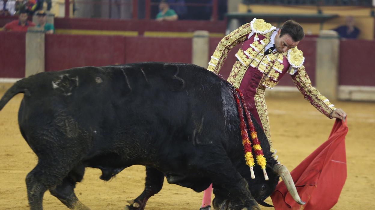 Enésima lección de Enrique Ponce en la Feria del Pilar