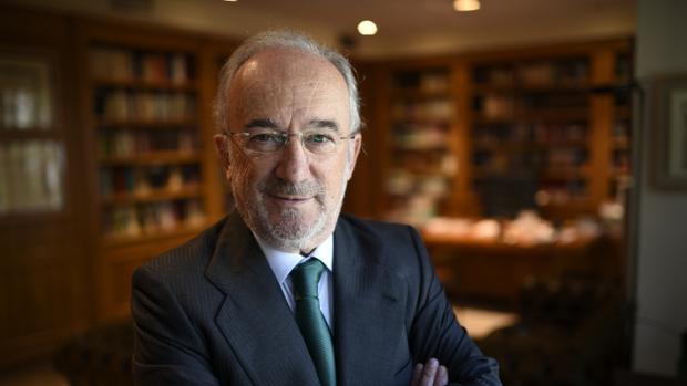 Santiago Muñoz Machado, en su despacho madrileño
