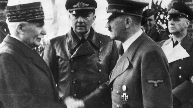 Petain, vencedor de Verdún,, rindió Francia a Hitler