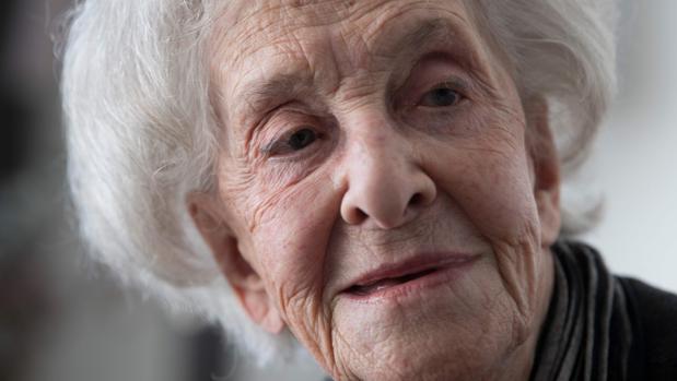 Ida Vitale: «El Cervantes es un premio a la ancianidad, pero no da la inmunidad»
