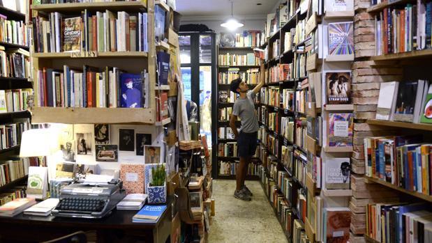 Una imagen de la librería Desperate Literature de Madrid