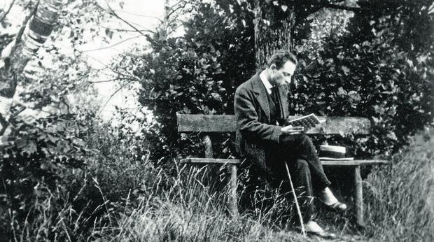 Rilke, en una fotografía de 1913