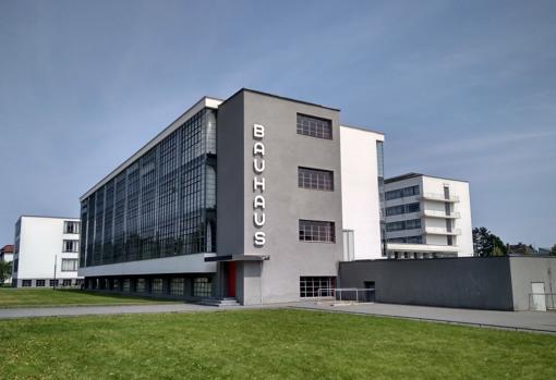 Algunos de los edificios que albergaron la Bauhaus en Dessau, segunda sede de la escuela tras Weimar