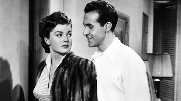 «La hija de Neptuno», película protagonizada por Esther Williams y Ricardo Montalbán, que popularizó la canción «Baby, It's Cold Outside» que ha sido censurada por la radio pública canadiense