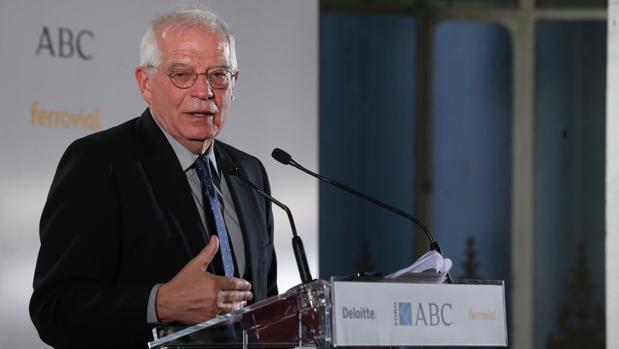 El ministro de Exteriores, Josep Borrell, durante su intervención el Foro ABC