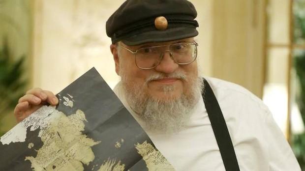 George R. R. Martin muestra un mapa de los Siete Reinos