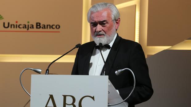 Darío Villanueva, durante su intervención