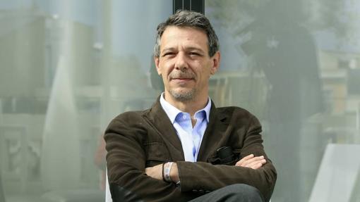 El novelista mexicano Álvaro Enrigue