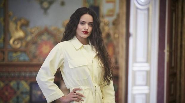 La cantante Rosalía en el palacio de Santoña