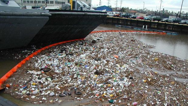 Los plásticos están inundando los mares