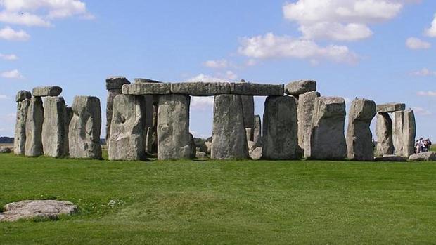 stonehenge-kYcG--620x349@abc.jpg