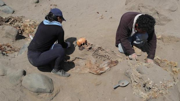 Excavación en Huanchaco