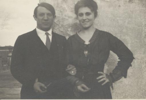 Pablo Picasso y Olga Khokhlova en la terraza del hotel Minerva, Roma, 1917