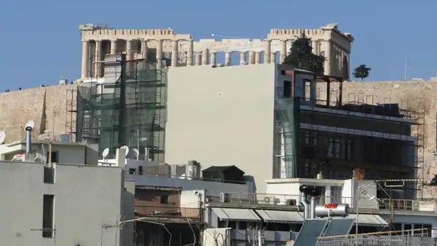 Las obras del hotel que tapan la vista de la Acrópolis