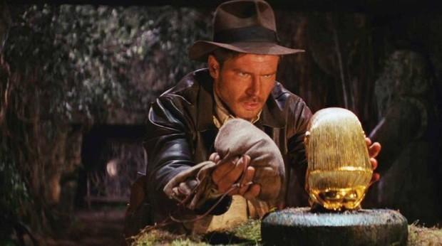 La personalidad del arqueólogo Percy Fawcett (arriba), inspiró a Spielberg para crear el personaje de Indiana Jones (sobre estas líneas)