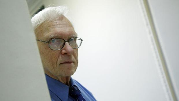 Stanley Payne: «Es mentira que la República fuera democrática hasta el final»