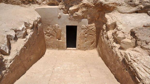 La tumba faraónica TT 209