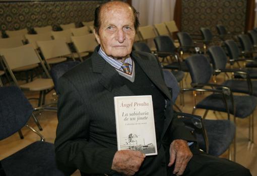 Ángel Peralta, con su libro «La sabiduría de un jinete»