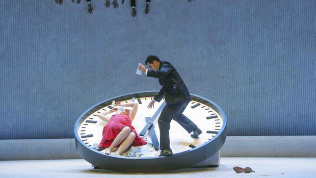 Una imagen de la producción de «La traviata» que presentará el Teatro Real