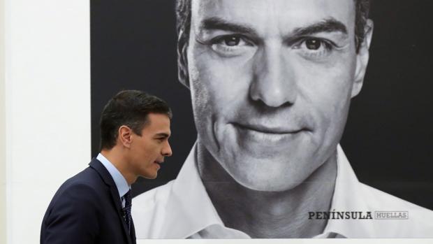 El presidente del Gobierno, Pedro Sánchez, durante la presentación de su libro «Manual de resistencia»