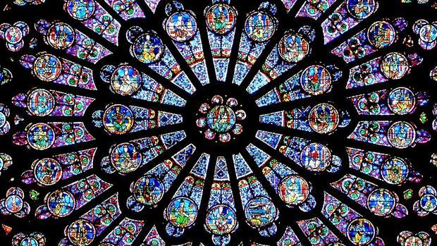 Detalle del rosetón norte de Notre Dame