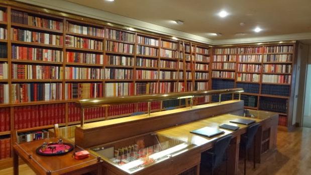 Las Ventas acogerá los fondos taurinos de la Biblioteca Carriquiri