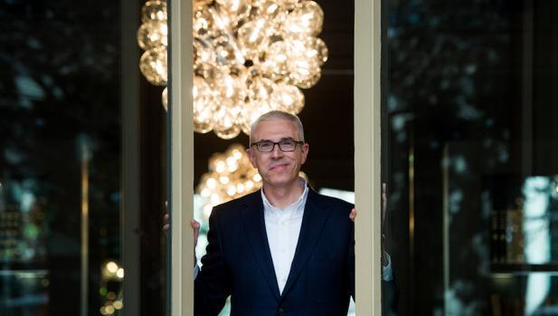 El escritor jienense Emilio Lara