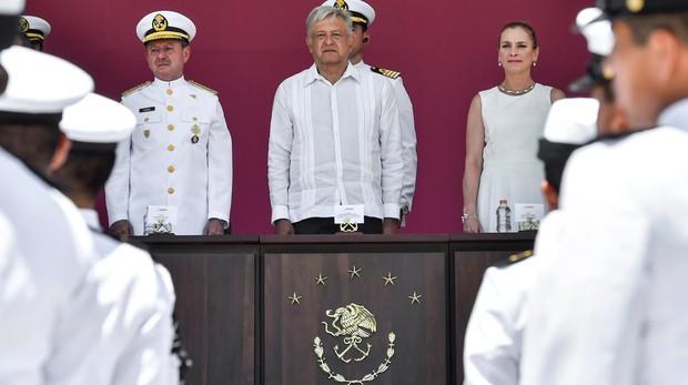 El presidente de México Andrés Manuel López Obrador, en las celebraciones del 105 aniversario de la defensa del puerto de Veracruz