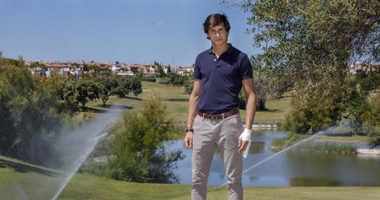 Andrés Roca Rey, en el club de golf Hato Verde, en Sevilla