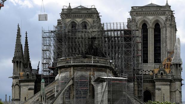 Un informe alerta del riesgo de derrumbe de Notre Dame