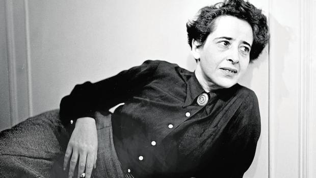 Hannah Arendt, nacida en Alemania, se nacionalizó norteamericana