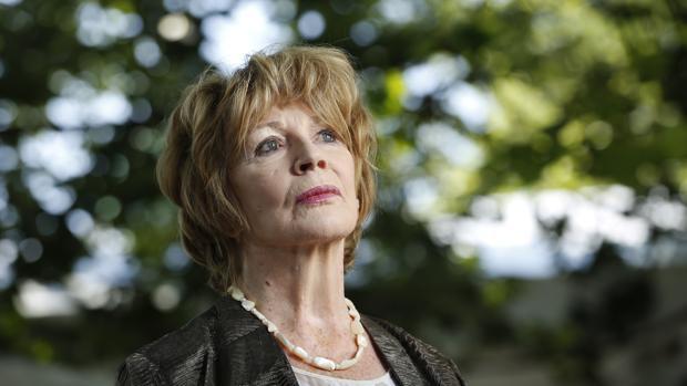 Edna O'Brien: «Soy demasiado ansiosa para ser una persona libre, feliz y afortunada»