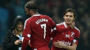 Beckham, sustituido por su hijo