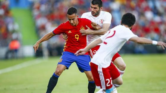Lucas Vázquez está llevando mucho peligro en el ataque español