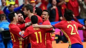 España quiere a Piqué