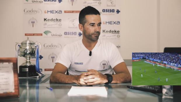 Fernando Escribano, entrenador del CD El Palo
