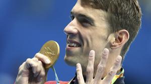 Otro oro rejuvenece a Phelps