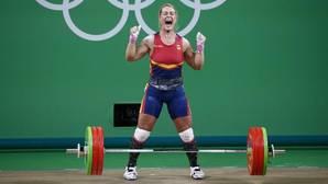 Lydia Valentín, primera medalla olímpica de la halterofilia española