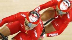 Los cascos de los ciclistas chinos causan sensación en los Juegos