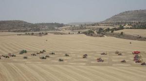 Ajedrez con tractores: la partida más grande del mundo
