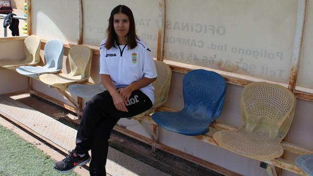 Mari Carmen Cortés Jiménez, fisioterapeuta del Sporting de La Gineta