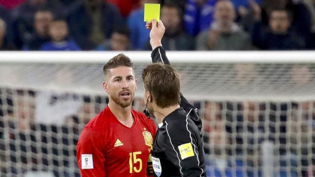 Sergio Ramos, en el partido ante Italia