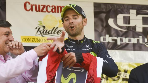 Un suspiro de un segundo entre Valverde y Contador