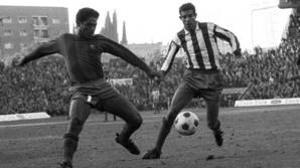 Benítez y Luis Aragonés, en el primer Atlético-Barcelona jugador en el Calderón