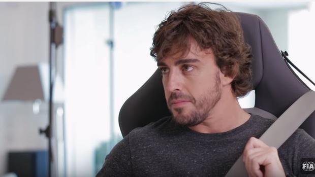 Fernando Alonso, en una imagen de la campaña mundial de la FIA
