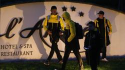 Los jugadores del Dortmund, de vuelta al hotel de concentración