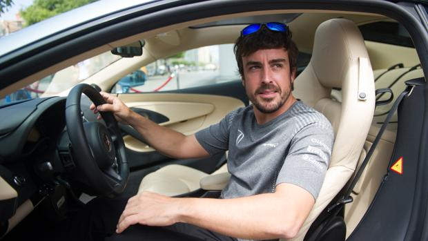 Entrevista:  Fernando Alonso: «Hoy me toman el pelo, pero pronto dirán otra cosa»
