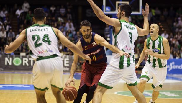 Juan Carlos Navarro durante el partido entre el Betis y el Barcelona