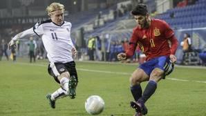 Marco Asensio en un partido con la Sub-21.